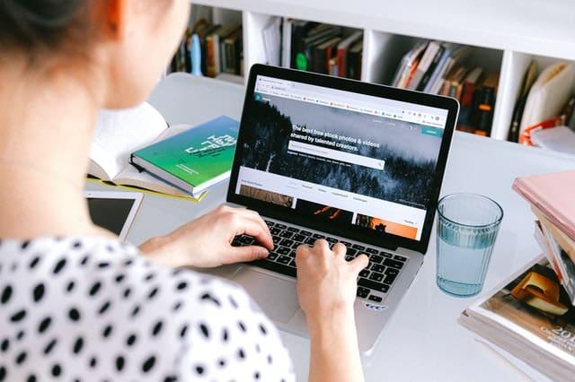 Cara Menjadi Penulis dengan Membuka Jasa Penulis Artikel Online Sendiri