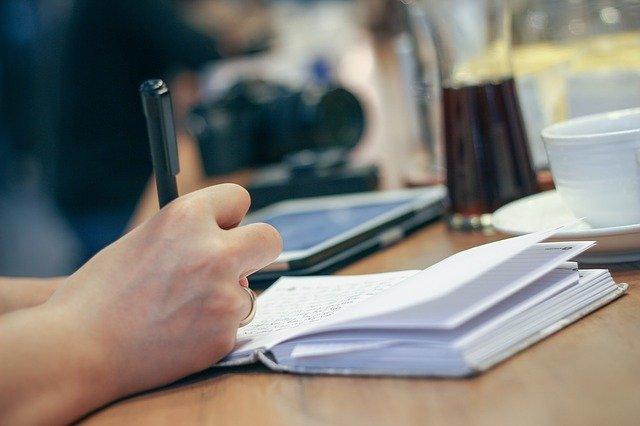 Cara Menulis Pentigraf Menarik dengan Tiga Paragraf