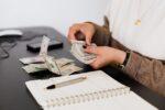 Cara Menjadi Blogger yang Menghasilkan Uang Setiap Hari
