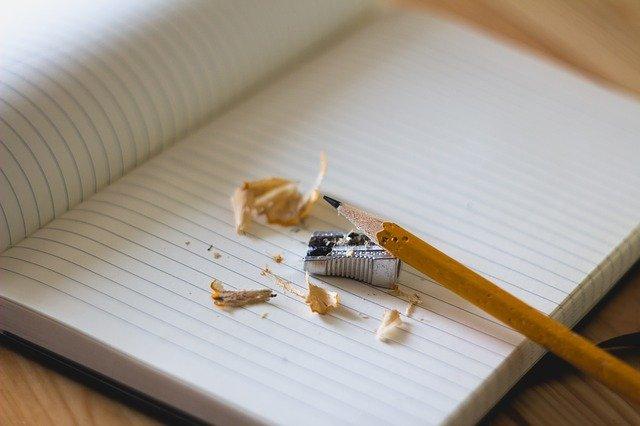Mulai Menulis dengan Cara Konsisten untuk Menghasilkan Buku Berkualitas