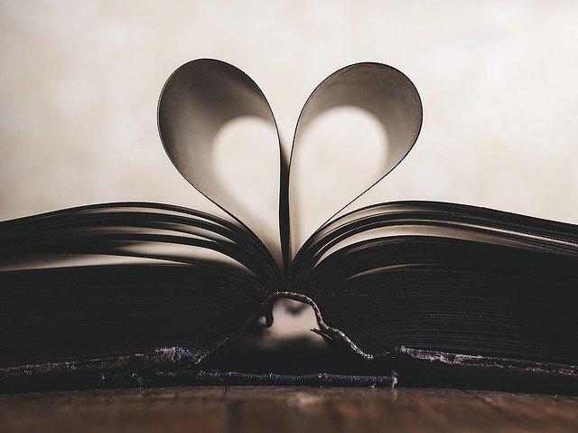 Pilih Judul Buku yang Menarik dengan Lakukan Tips Berikut