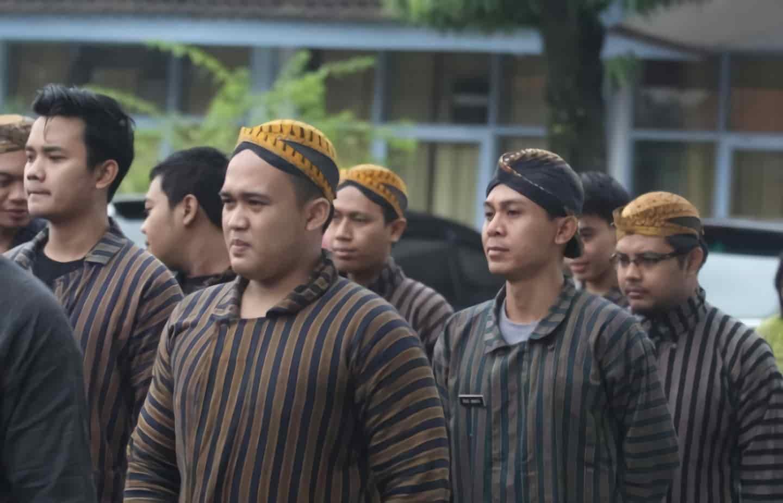 Ciri-ciri Artikel Bahasa Jawa yang Perlu Diketahui